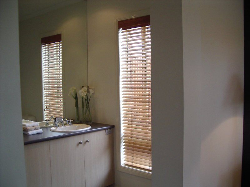 Timber venetian blinds gallery timber venetians melbourne for Www timberblinds com